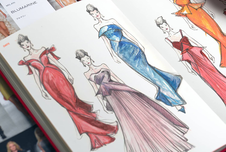 Sketchbook_fashionary_WomRed_05