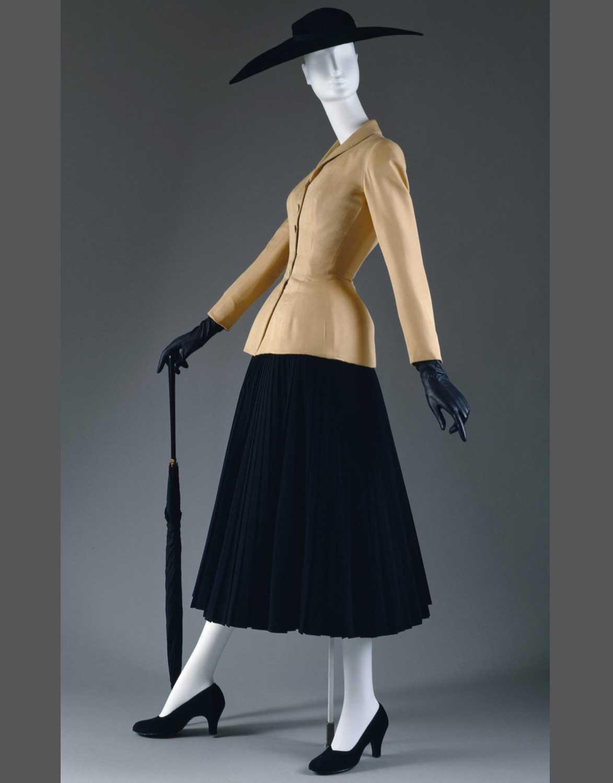 Dior_Bar_Suit_1947